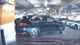 Parcheggio in un parcheggio sotterraneo (fallire)