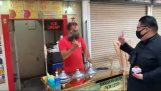 Kim Jong Un vs. Turkish ice cream maker
