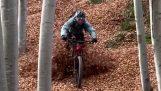 Езда на велосипеде осенью