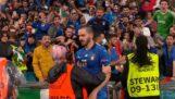 Stadionets keeper forvirret Leonardo Bonucci om en fan