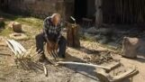 בנייה מסורתית של מזלגות עץ