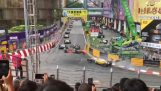 Spectaculaire crash op F3 Grand Prix van Macau