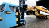 अल्ट्रा छोटे लेगो Forklift : : Muravi
