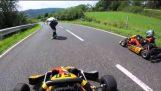 Longboarder VS Kart