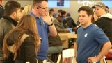 Predstierať, že práce na Apple Store