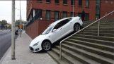 Tesla Crash Compilation – Crash & Fail